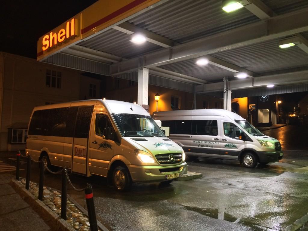 16 seters minibusser